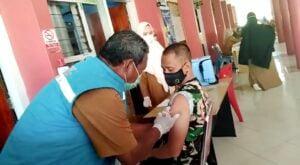 Dandim, Pejabat Pemkab dan Perwakilan Jurnalis Jeneponto Terima Vaksin Dosis Kedua