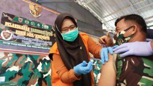 Anggota Kodim 1425 dan Persit KCK Jeneponto Mulai di Vaksin, ini Harapan Dandim